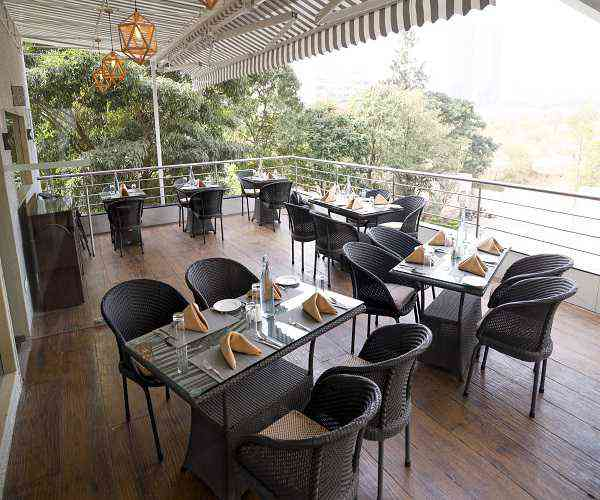 Royal Orchid Golden Suites, Pune-Dine