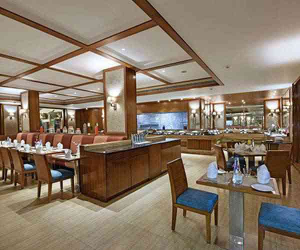 Royal Orchid Resort & Convention Centre, Bangalore-Dine