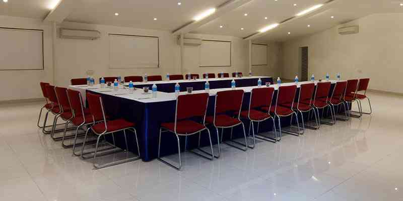 Senate Banquet Hall