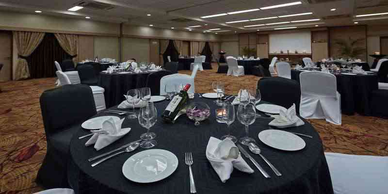 Seasons 2 Banquet Hall